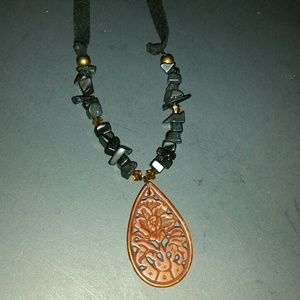 Jewelry - Wooden black beaded stones